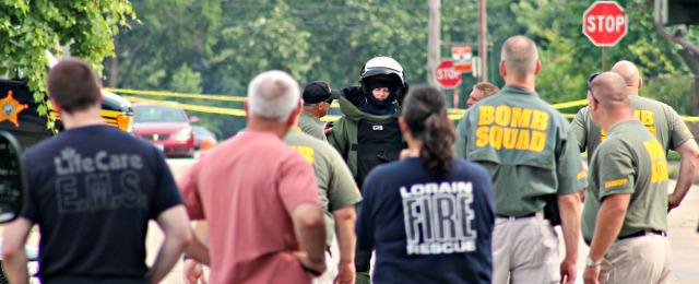 bomb squad bomb suit guy