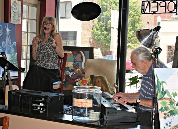 FTF artSHop 071313 7 coffee shop