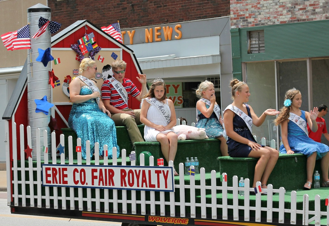 International Parade erie county fair