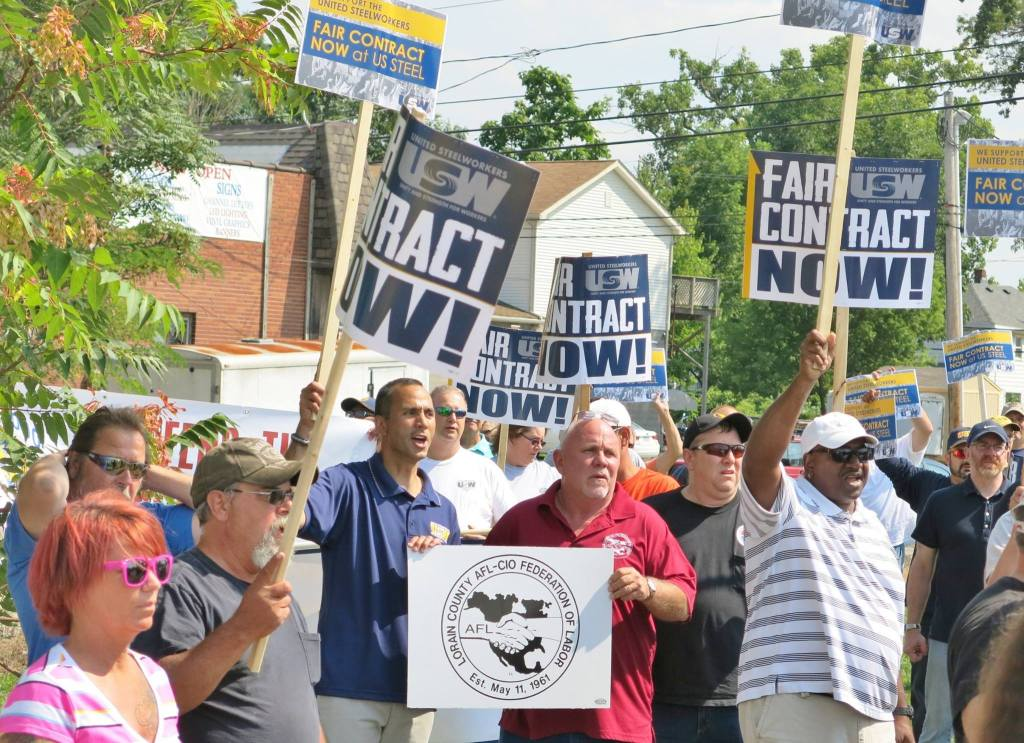 John T Gallo Steelworkers rally 082815 02