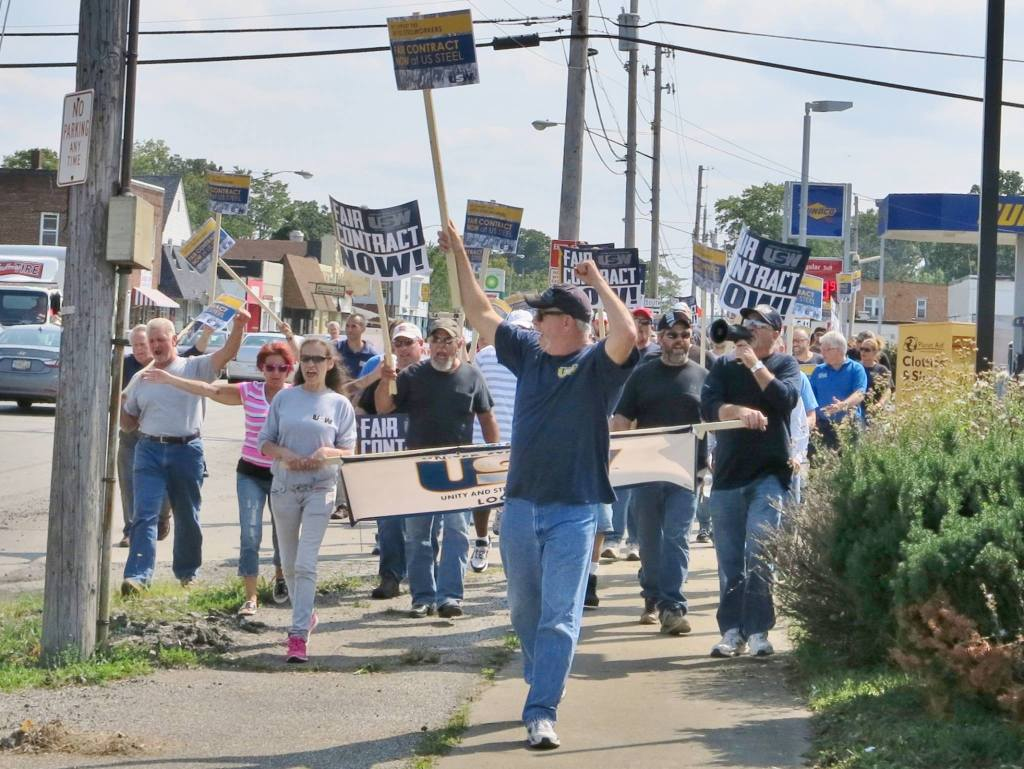 John T Gallo Steelworkers rally 082815 03