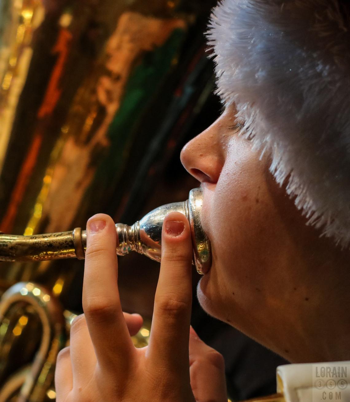 Tuba Christmas Lorain 121315-001