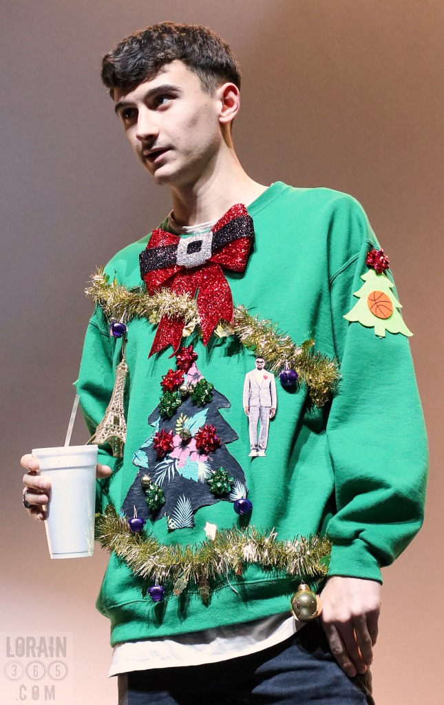 ugly sweater contestants 120515-002