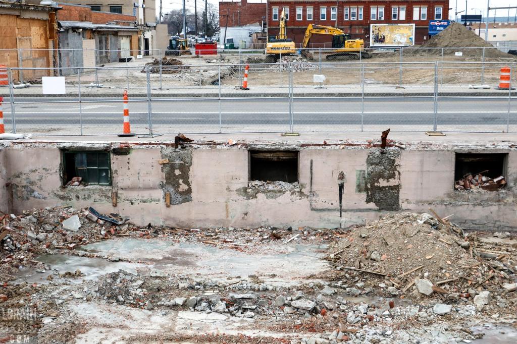 Reidy Scanlan basement windows 010316