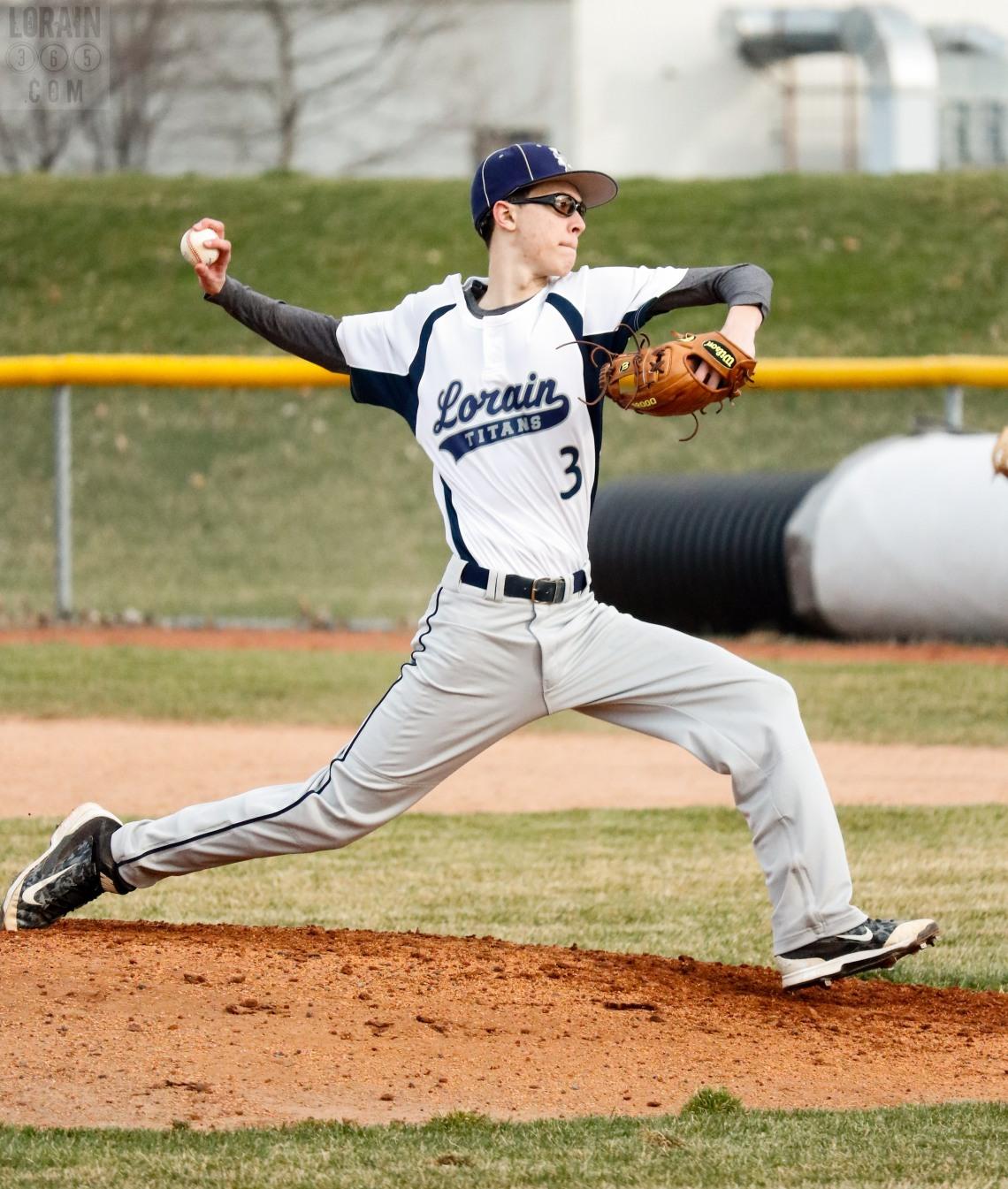 Lorain Titans Varsity Baseball 2016-002
