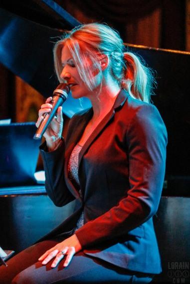 On Stage Live Shannon Eller Trio 030616-004