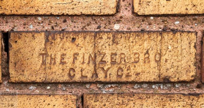 1927-building-03
