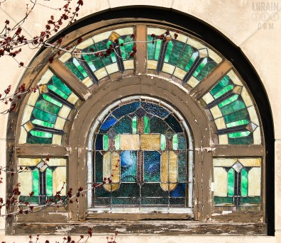 Penfield Avenue Bank window 031617-04wm