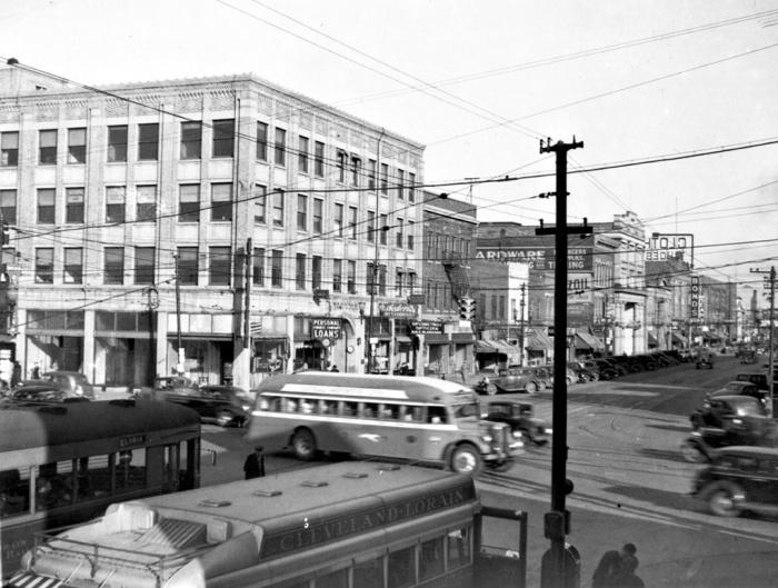 lorain loop interurban and buses ca 1937